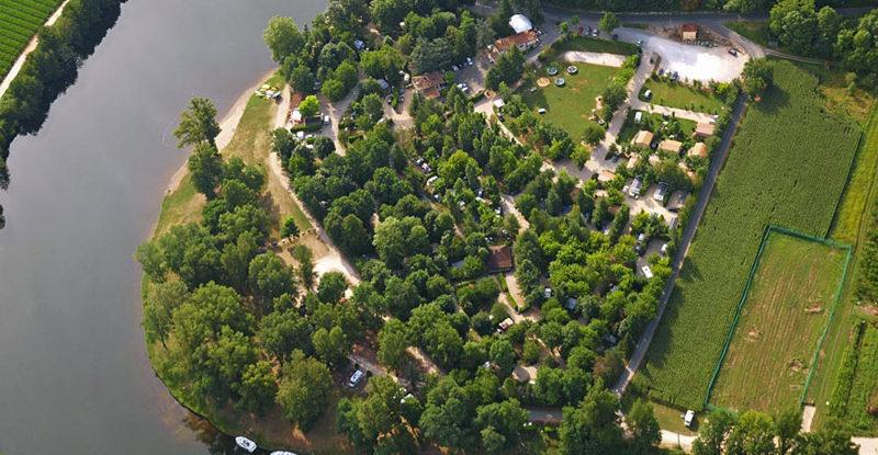Campsite france Lot - CAMPING DE LA PLAGE - Camping 4 étoiles à ...
